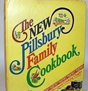 New Pillsbury Family Cookbook, 1973, Binder Version in Mint Condition